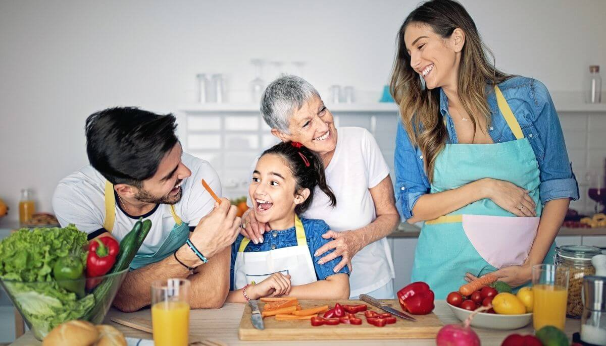 Read the Spring 2021 Healthy Eating Table Publication.